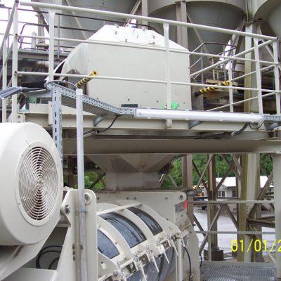Förderband - Übergabe auf Durchlaufmischer (066)
